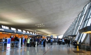 Dulles Airport Finds Man's Body In Wheel Well Of Airplane