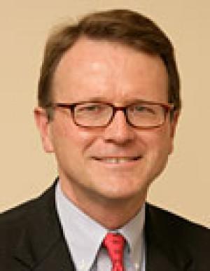 Darden Dean Bruner To Step Down In 2015