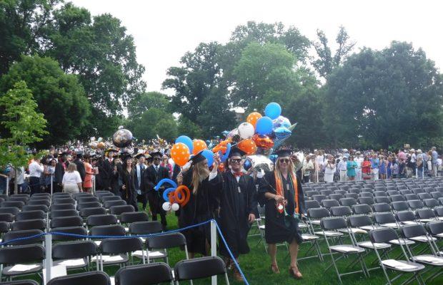 Uva Bids Farewell To Thousands Of New Wahoo Alumni 106 1 The Corner